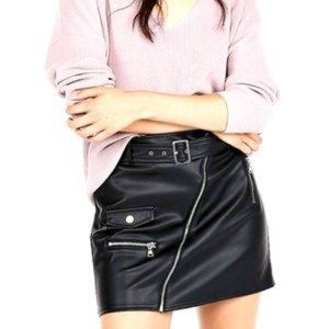 7For ALL MANKIND Black faux leather skirt SIZE: L
